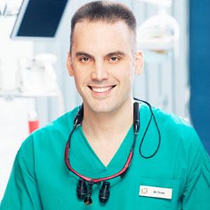 dr Ivan Ćuzović